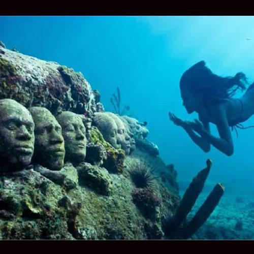 कभी समुद्र में म्यूजियम देखा है, अगर नहीं तो यहां पर देख लें...