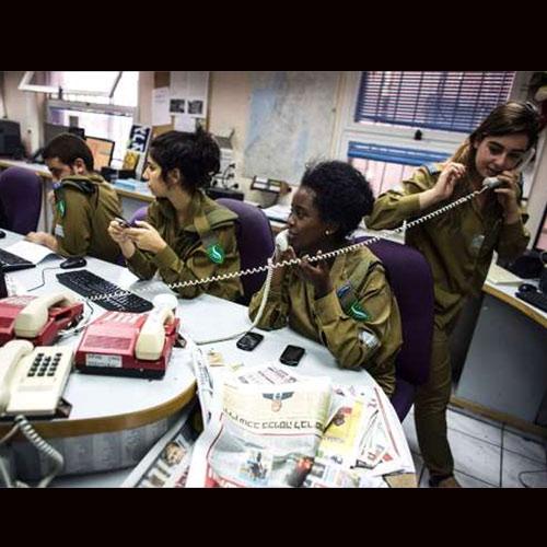 मोर्चे पर महिलाएं! अलग-अलग देशों की फीमेल फाइटर्स एक्शन में