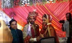 क्रिकेटर भुवनेश्वर कुमार ने नूपुर संग रचाई शादी, देखिए जयमाल का पूरा वीडियो