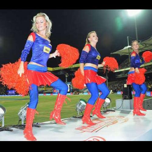 IPL चियरलीडर्स के जलवों से नजर नहीं हटा पाएंगे आप, ये तस्वीरें हैं सबूत