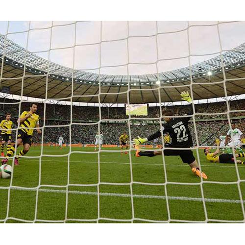 तस्वीरों में देखें फुटबॉल क्लब्स ने कैसे मनाया जीत का जश्न