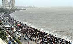 मुंबई बना दुनिया का दूसरा सबसे ज्यादा भीड़भाड़ वाला शहर