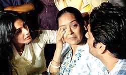 प्रत्यूषा बनर्जी के पिता का आरोप, बेटी की मौत में है अंडरवर्ल्ड का हाथ