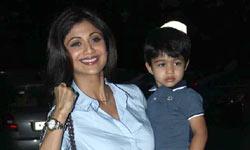शिल्पा शेट्टी के बेटे को मम्मा लगी सिली क्योंकि पसंद आई दीपिका पादुकोण
