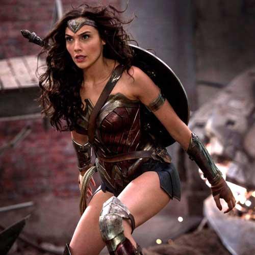 हॉलीवुड के ये सुपर हीरो कभी नहीं होंगे सच