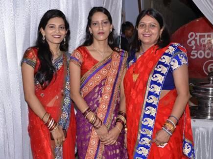 रीवा  की तीन बहनों ने एक साथ हासिल की पीएचडी ,बना रिकॉर्ड ,मिली बधाई