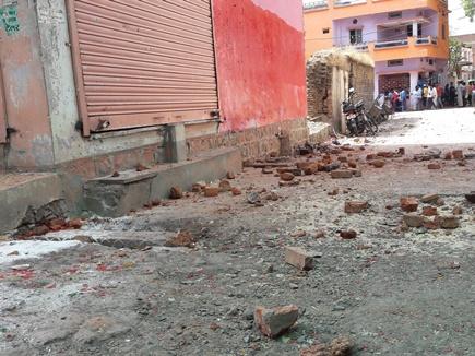 महिदपुर में उपद्रव : पथराव, लूटपाट,तोड़फोड़, धारा 144