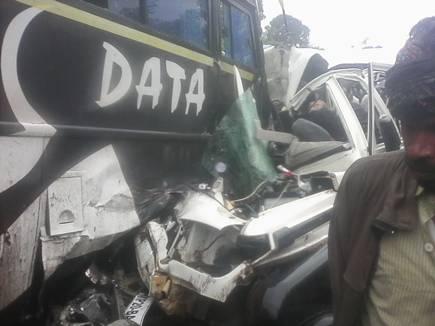 मंडला के पास  बस-जीप में भिड़ंत, 8 लोगों की मौत
