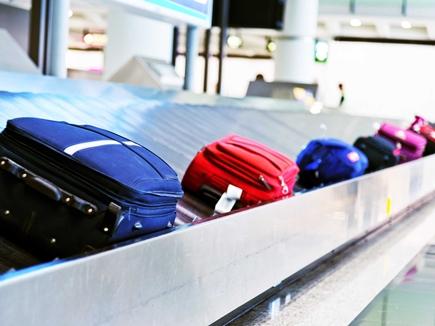 हवाई सफर के दौरान खो जाए बैग, तो तुरंत उठाएं ये कदम