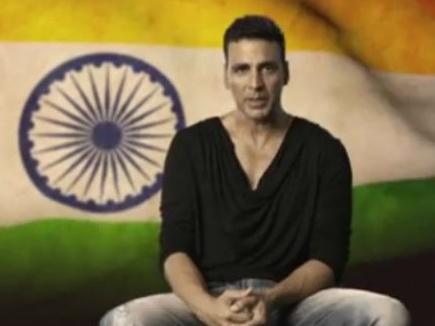 सुकमा में शहीद जवानों के परिजनों को अक्षय कुमार ने दिए 9-9 लाख
