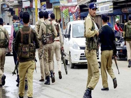अनंतनाग में आतंकी हमला, 6 पुलिसकर्मी शहीद