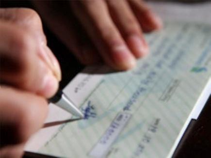 bank check note ban 2017310 10428 10 03 2017