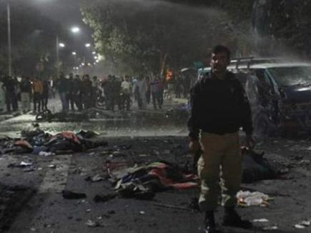 पाकिस्तान में शिया मस्जिद के बाहर विस्फोट, 22 मरे