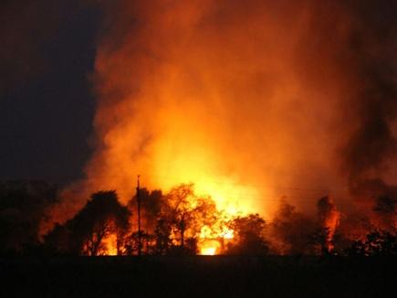 जबलपुर की ऑर्डनेंस फैक्टरी में फटे 200 से ज्यादा बम