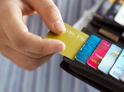 जानें क्रेडिट कार्ड का पूरा गणित, भारी न पड़ जाए इसका इस्तेमाल