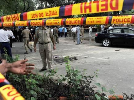 delhi blast 16 02 2017