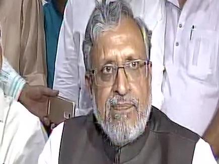 Nitish Kumar ,Bihar ,Nitish Kumar resigns ,meeting Legislature Party,नीतीश कुमार,इस्तीफा,मोदी,मध्यावधि चुनाव