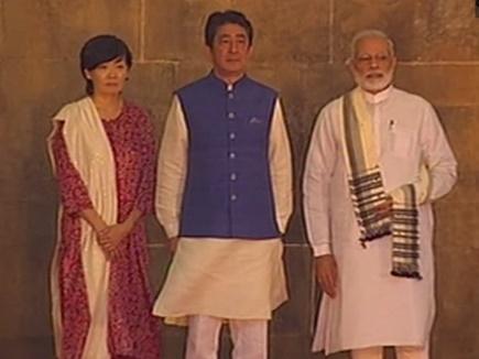 सैयद मस्जिद पहुंचे PM मोदी और जापान पीएम शिंजो आबे