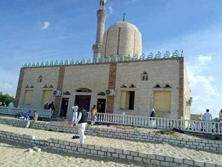 मिस्र: नमाज पढ़ रहे लोगों पर फायरिंग, 200 से ज्यादा की मौत