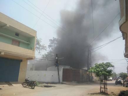 factory fire.jpeg 15 05 2017