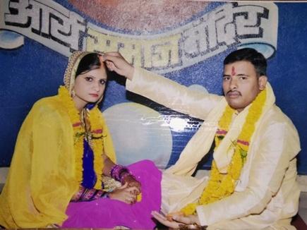 husband cheat wife indore 201737 122316 07 03 2017