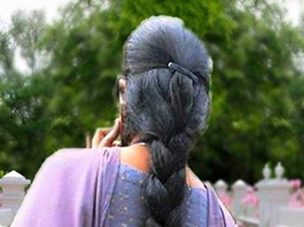 indian woman or police 2017813 93138 13 08 2017