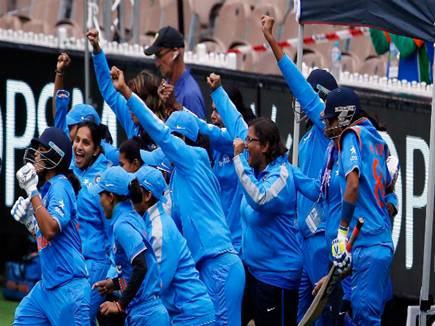 पाक को हराकर लगातार छठी बार एशिया कप चैम्पियन बनी भारतीय महिला टीम