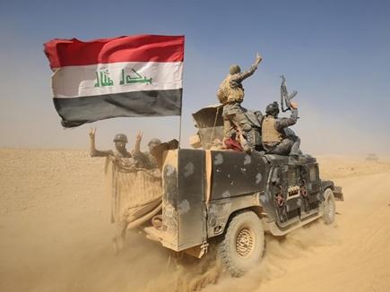मोसुल हवाई अड्डे के पास पहुंची इराकी सेना