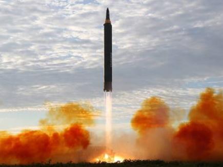 नॉर्थ कोरिया ने किया Hwasong 15 बैलिस्टिक मिसाइल टेस्ट
