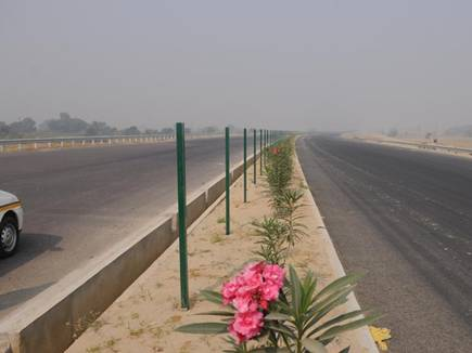 lucknow agra expressway 21 04 2017