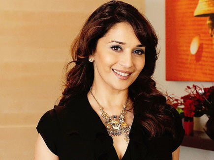 Video : top 5 dance numbers of Madhuri Dixit 368551