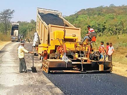 making road naxal area 2017426 81926 26 04 2017