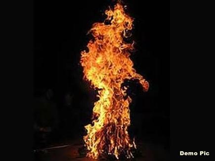man fire jabalpur 201737 82829 07 03 2017