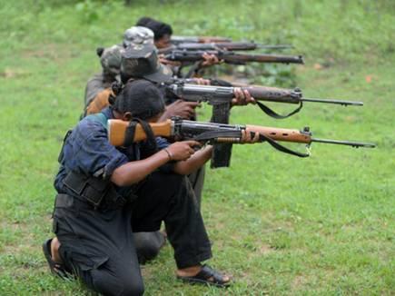 naxalite firing 11 05 2017