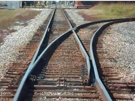 railway track sleeper 2017527 10638 27 05 2017