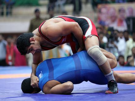 राष्ट्रीय कुश्ती चैंपियनशिप : सुशील, साक्षी और गीता ने झटके स्वर्ण पदक