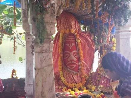 siddhavat temple ujjain 14 07 2017