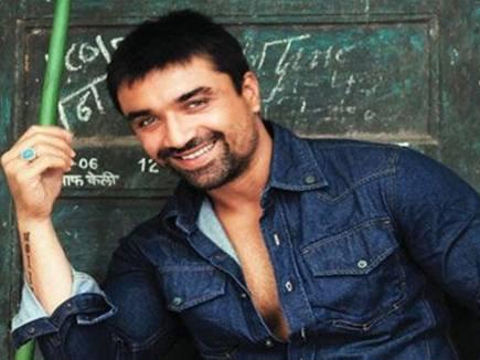 ऐश्वर्या ने लगाया एजाज खान पर अश्लील मैसेज भेजने का आरोप