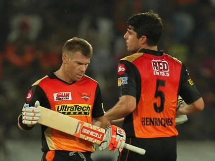 वॉर्नर और हेनरिक्स की आंधी में उड़ गए गुजरात के लॉयंस - IPL 2017