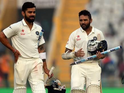 इंग्लैंड को 8 विकेट से पटककर, भारत ने सीरीज में ली 2-0 की लीड
