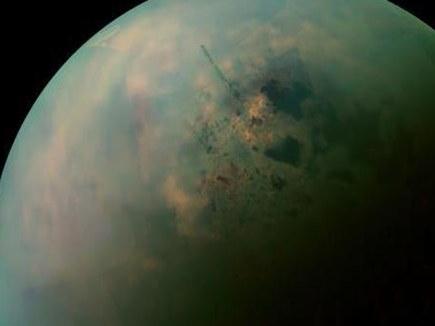 शनि के सबसे बड़े चांद टाइटन पर हो सकता है जीवन