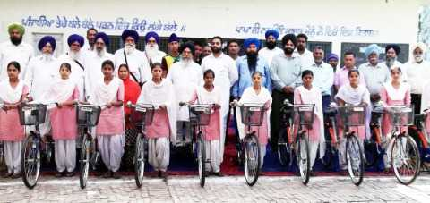63 free bycycle delivered to girls
