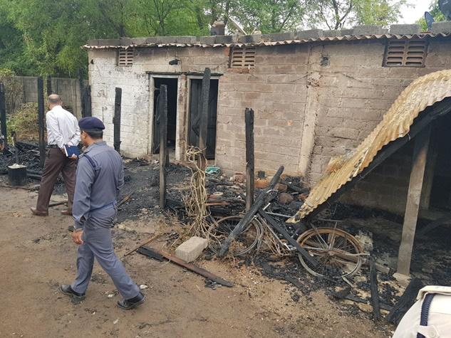 रायपुर : चूल्हे की आग भड़कने से ऐसे तबाह हो गया परिवार