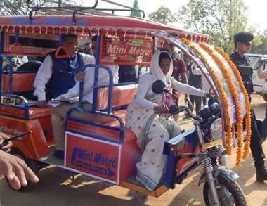 बलरामपुर के नगरा शिविर में उतरे सीएम, निर्माण कार्यों को स्वीकृति