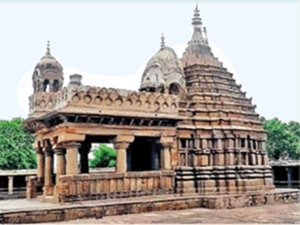 हजार साल पुराने इस मंदिर में जल नहीं चढ़ाने की है परंपरा