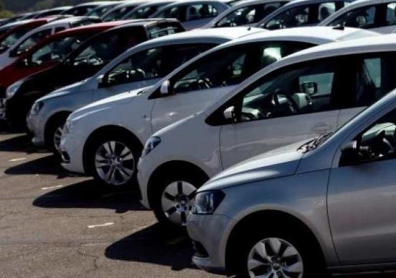 2019-20 में यात्री वाहनों की बिक्री 7 फीसदी तक घटने का अनुमानः इक्रा