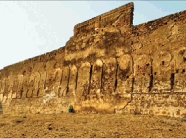 सैनिकों के लिए मराठा शासक ने बनवाया था बुलंद किला