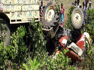 प्रदेश की सड़कों पर ट्रैक्टर ट्रॉली से हर साल हो रही 800 मौत