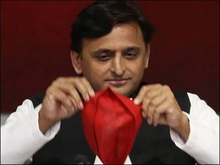 टूटेगी राहुल-अखिलेश की दोस्ती, 2019 में अकेले चुनाव लड़ेगी सपा