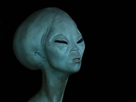 alien face 20171011 15347 10 10 2017